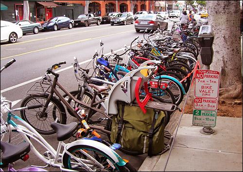 Santa Monica's sunday bike valet