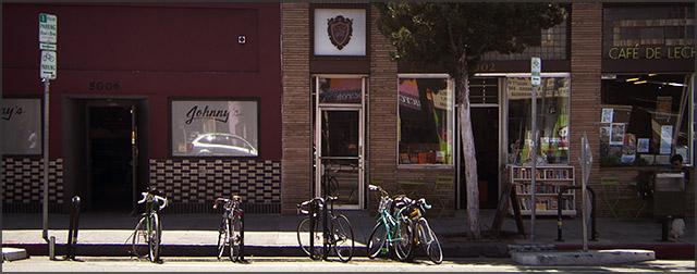 PHoto of bikes at Cafe de Leche bike corral